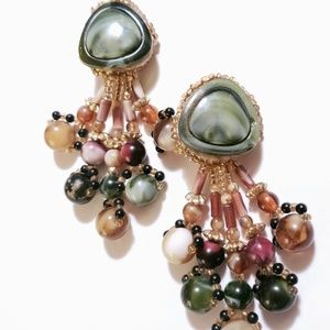 VINTAGE EXAGGERATED STATEMENT  BEADED EARRINGS